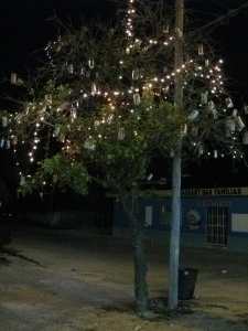Christmas Tree with tin cans and Light- chain
